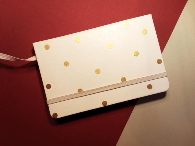 My journal's got a personal touch with the golden dots on it ^-^ Absolutely in love with this Moleskine notebook, it was such a perfect choice!